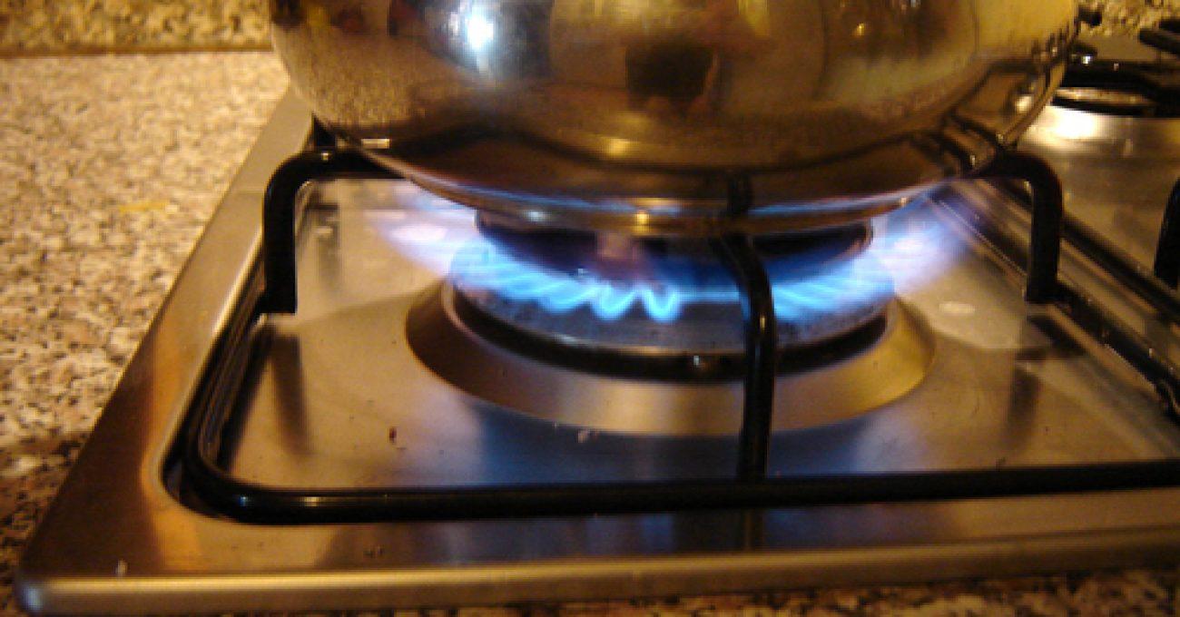 fire-in-the-kitchen-1555938.jpg